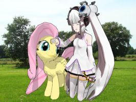 GLaDOS and Fluttershy by MYSTERYxGIRL