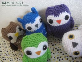 - Owl Amigurumi Group Shot 2 - by awkwardsoul