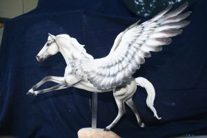 Customized pegasus by yavanna-niniach