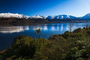 Lake Wanaka by jonpacker