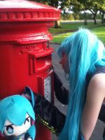 Just A Curious Miku~ by LuLu-Bubbles