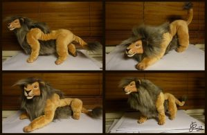 Posable Grey Lion by Tigerty