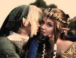 Link Cosplay - shy kisses by Eressea-sama