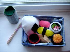 Bento Box: Sushi Plushies by peppermintkitty