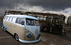 VW T1 by Kvba