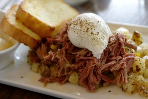 Corned Beef Hash by artnchicken