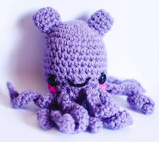 Purple Octo Bear by candypow