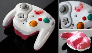 custom Kirby GC controller with pearls and iridesc by Zoki64
