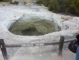 the devils home by Mysteriouspizza