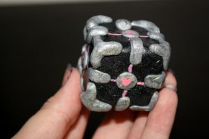 Weighted Companion Cube by syberklaw