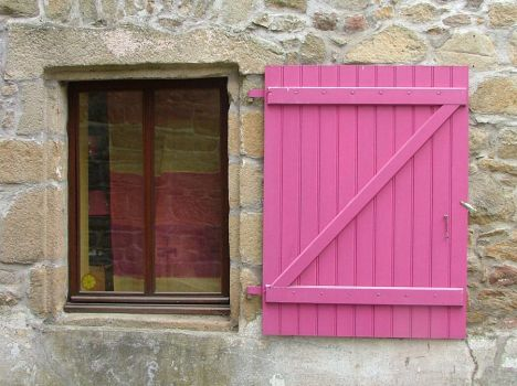 Pink Shutter by faather