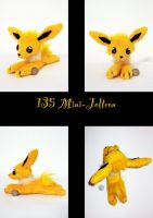 Mini Jolteon Plush by nfasel