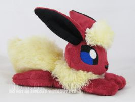floppy Flareon by MagnaStorm