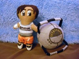 Plushie Portal 2 Chell And Space Core by Pinka-Starlight