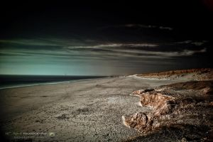 Infrared Beach by 10thapril