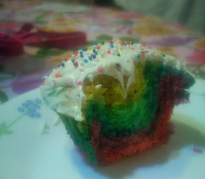 Rainbow Cupcake by Ackabee