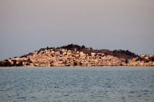DANAE - 11: Good Night Poros by rgperez
