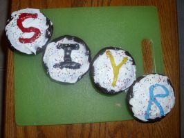 S.I.Y.R. Cupcakes! by Petpettails123