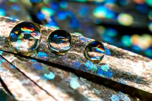 Metallic Droplets by ian-roberts