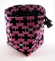 Skulls and Crosses Dice Bag by Isilian