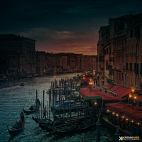 Canal Grande at night by piximi
