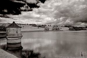 Reservoir 2 by horai