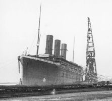 fitting out the titanic by carsdude