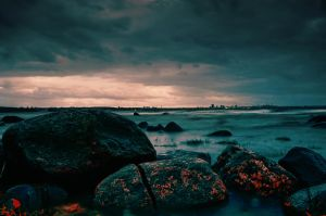 Rocks on the shore by dn1w3r