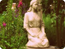 Highgate cemetary 12 by an-neo