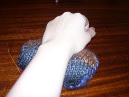 Wrist supporter for working on the Computer by Hannah2070