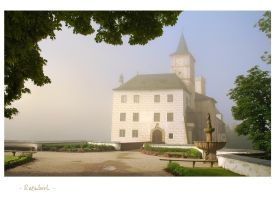 - Foggy chateau morning - by UNexperienced