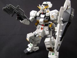 RX-121-1 Gundam TR-1 by clem-master-janitor