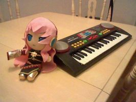 Luka plush with piano by GrayAoi