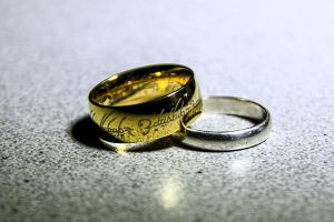 The Lord Of Rings (Ring) by xONowaOx