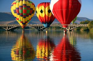 Three Hot Air Balloons by La-Vita-a-Bella
