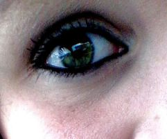 Just a random picture of my eye by ahoykat