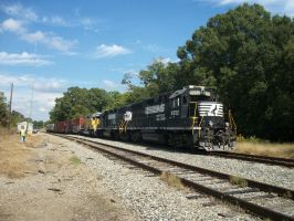 SCS 8795 heads out to Indiana. by CNW8646