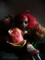 Queen of hearts by littlemissanthrope