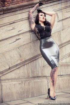 ElegyEllem in Lady Lucie Latex I by BelindaBartzner
