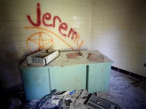Belchertown State School - Infirmary Entrance by sonickingscrewdriver