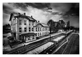 The railway station by anoxado
