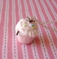Cupcake Necklace by janeybaby