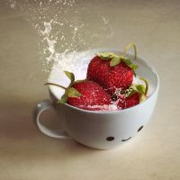 Strawberry Cup by So-ghislaine