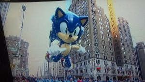 Sonic in the Macys Parade by srlOctober23