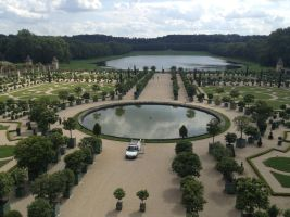 Gardens of Versailles by MultiMoglin
