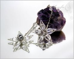 Winter frost earrings by amorfia