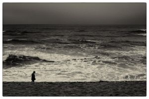 By the raging sea - Monday by fuxs