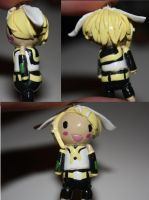 Kagamine Rin by TwitchyTail