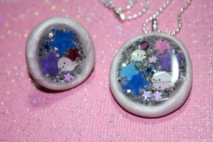 Shimmering Starry Mamegoma Necklace and Ring Set by squeekaboo