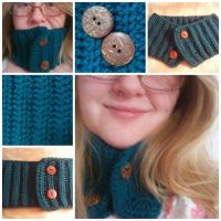 Button Cowl by YunisUnis